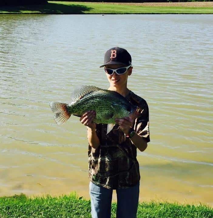 Missouri 4 pound 11 ounce crappie big deer for Crappie fishing in missouri